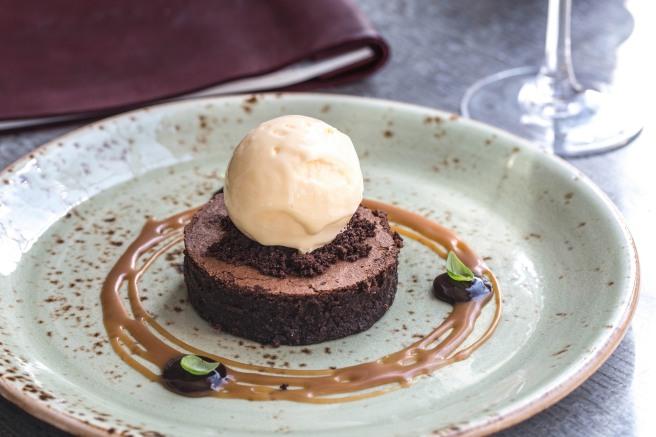 Chocolate brownie, salt caramel ice cream