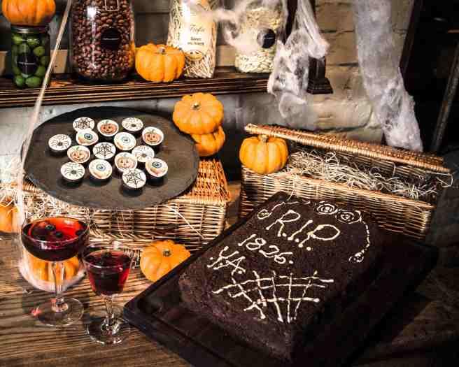 Y&A Halloween Deli